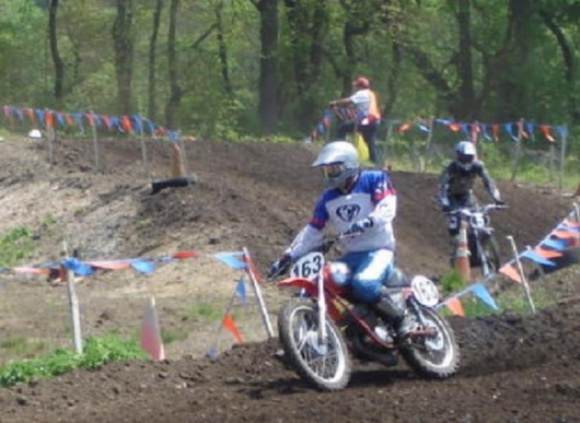 72 MC125 in front 74 YZ125_530.JPG